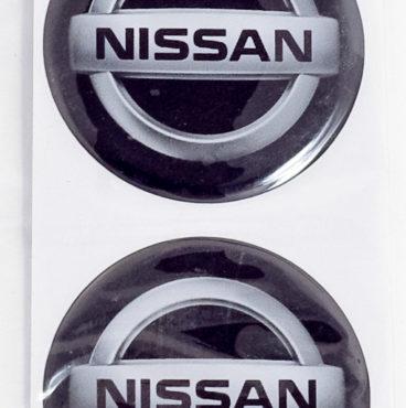 naklei-ki-na-kolpak-stupitsy-s-emblemoi-nissan-silikon