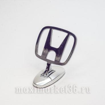 Эмблема на капот (прицел) HONDA металлическая на самоклейке(скотч 3М)