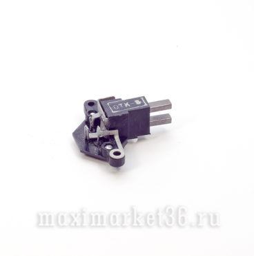 Реле-регулятор напряжения генератора со щёткодержат ВАЗ 2110-12 «Автоприбор»_