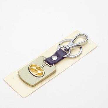 Брелок 011 на ключ металлический ЗОЛОТО на кожаной подвеске с объёмным логотипом HYUNDAI (0994)