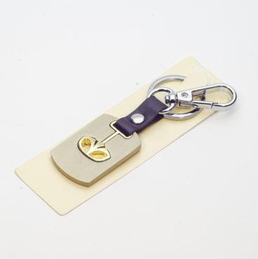 Брелок 014 на ключ металлический ЗОЛОТО на кожаной подвеске с объёмным логотипом TOYOTA (1076)