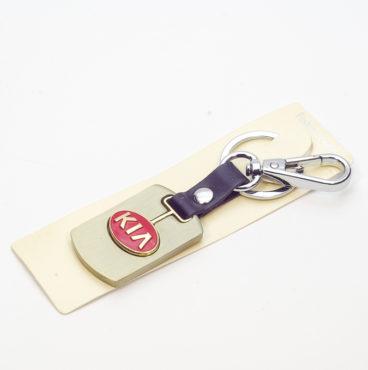 Брелок 015 на ключ металлический ЗОЛОТО на кожаной подвеске с объёмным логотипом KIA (1083)