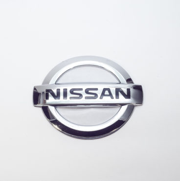 Заводской знак - NISSAN D=105 Китай
