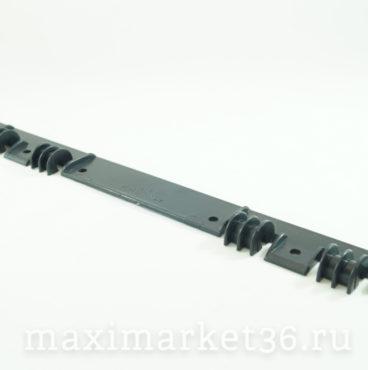 Планка петли бардачка 2105-5303034 (звено петли бардачка) пластик